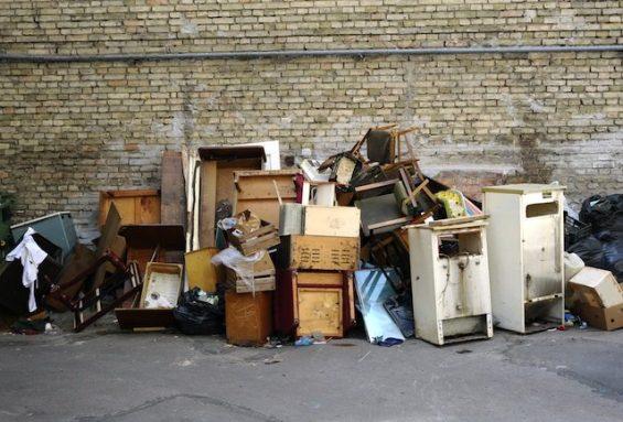 Entrümpelung, Haushaltsauflösung oder Wohnungsauflösung übernehmen wir gern für Sie.